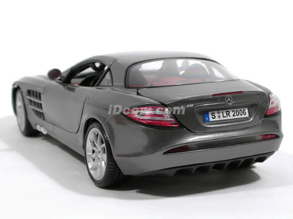 2007 Mercedes Benz McLaren SLR diecast model car 1:18 scale by Maisto - Charcoal Grey 36653