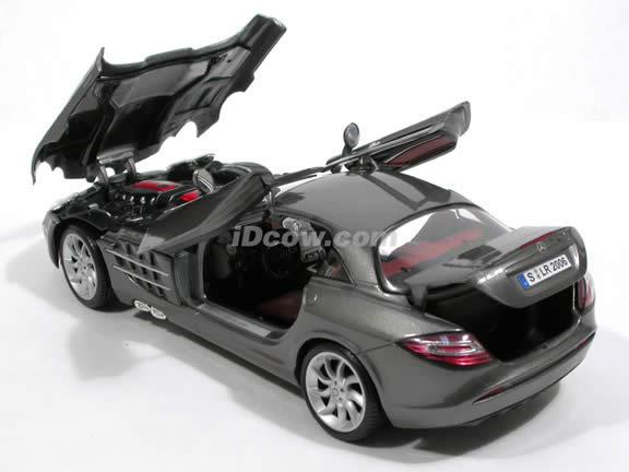 2007 Mercedes Benz McLaren SLR diecast model car 1:18 scale by Maisto - Charcoal Grey 36653