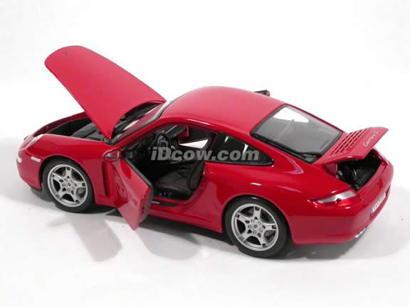 2005 Porsche 911 Carrera S diecast model car 1:18 scale die cast by Maisto - Red 31691