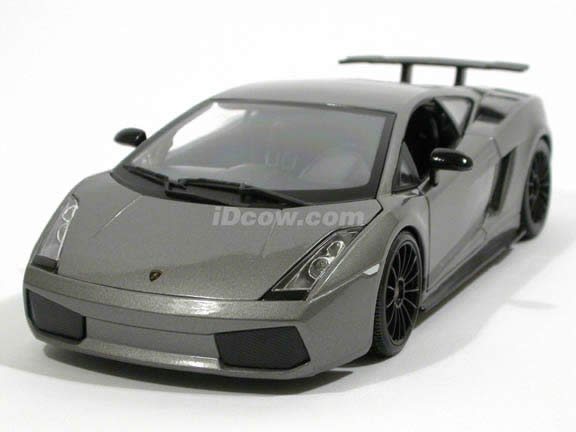 2007 Lamborghini Gallardo Superleggera diecast model car 1:18 scale die cast by Maisto - Metallic Grey 31149