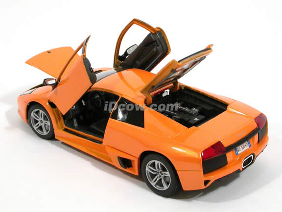 2007 Lamborghini Murcielago LP640 diecast model car 1:18 scale die cast by Maisto - Orange 31148