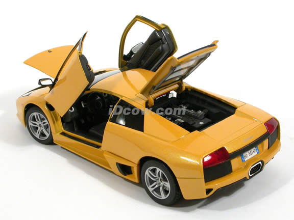 2007 Lamborghini Murcielago LP640 diecast model car 1:18 scale die cast by Maisto - Yellow 31148