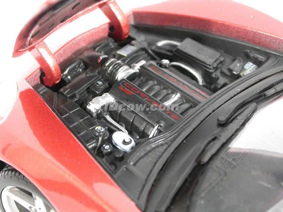 2005 Chevrolet Corvette Convertible diecast model car 1:18 scale die cast by Maisto - 31137 Copper