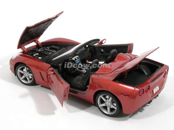 2005 Chevrolet Corvette Convertible diecast model car 1:18 scale die cast by Maisto - 31137 Copper
