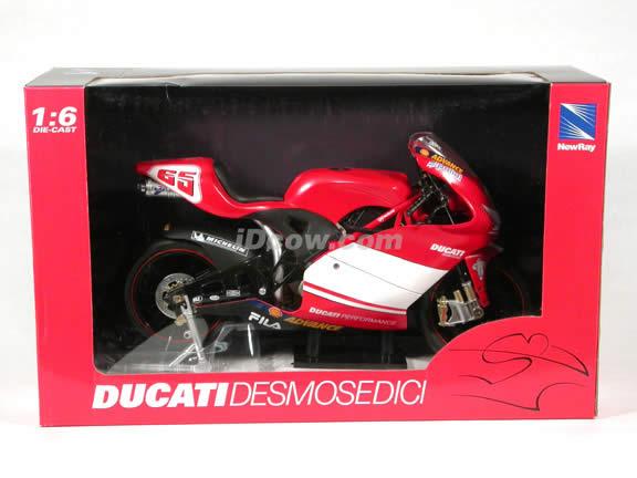 Ducati 998 Desmosedici Loris Capirossi #65 diecast motorcycle model 1:6 scale die cast by NewRay
