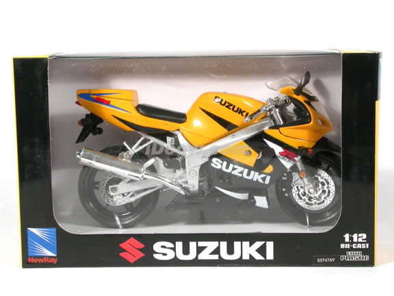 Suzuki GSX-R600 diecast motorcycle 1:12 scale die cast by NewRay - Yellow