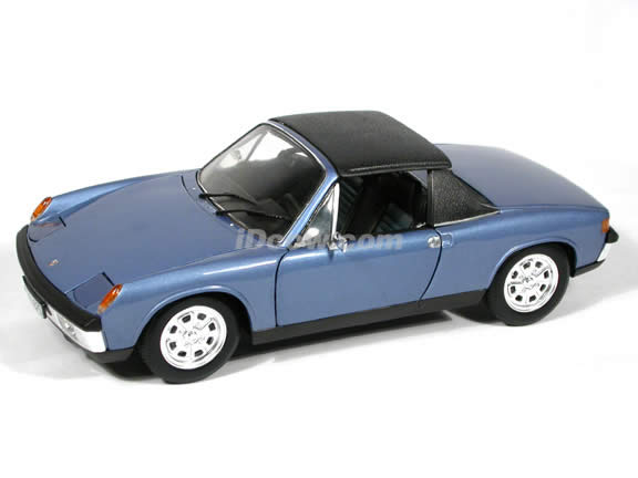 Porsche 914 diecast model car 1:18 scale die cast by Revell - Blue