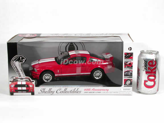 2007 Ford Mustang Shelby GT500 diecast model car 1:18 scale die cast by Shelby Collectibles - Red 75001