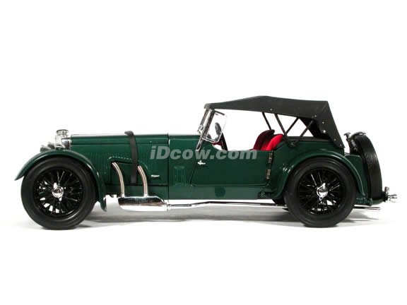 1934 Aston Martin MKII diecast model car 1:18 scale die cast by Signature Models - Green