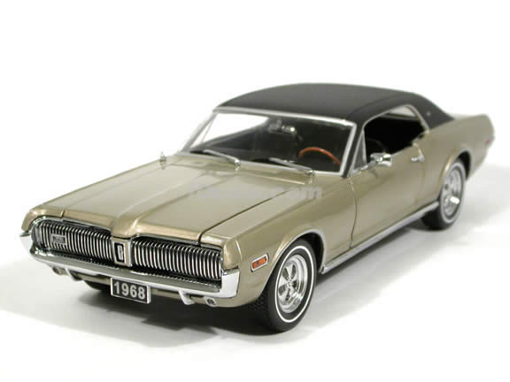 1968 Mercury Cougar XR7 Diecast model car 1:18 scale die cast by Sun Star - Pewter