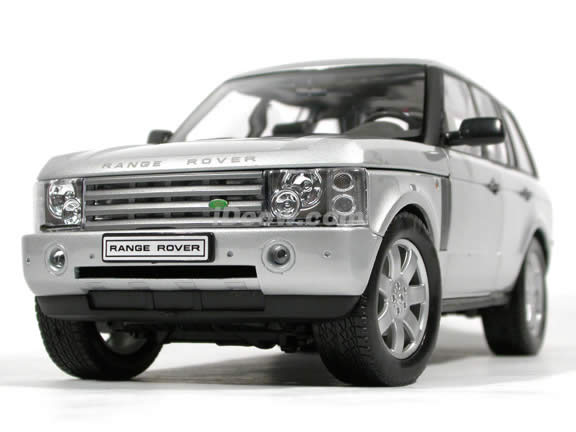 2003 Land Rover Range Rover diecast model car 1:18 scale die cast by Welly - Silver (LHD)