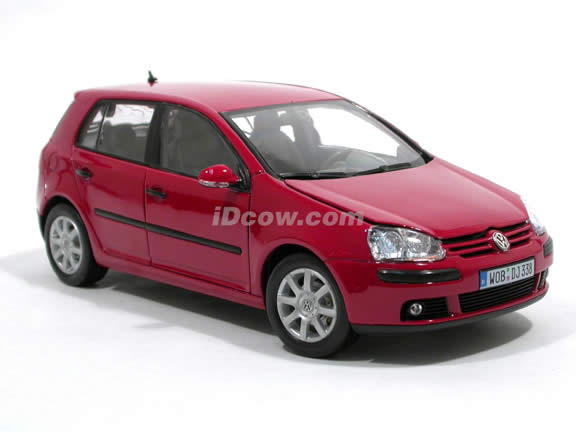 2006 Volkswagen Golf V diecast model car 1:18 scale die cast by Welly - Red 12548w