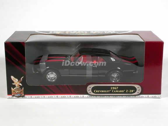 1967 Chevy Camaro Z-28 diecast model car 1:18 scale die cast by Yat Ming - Black