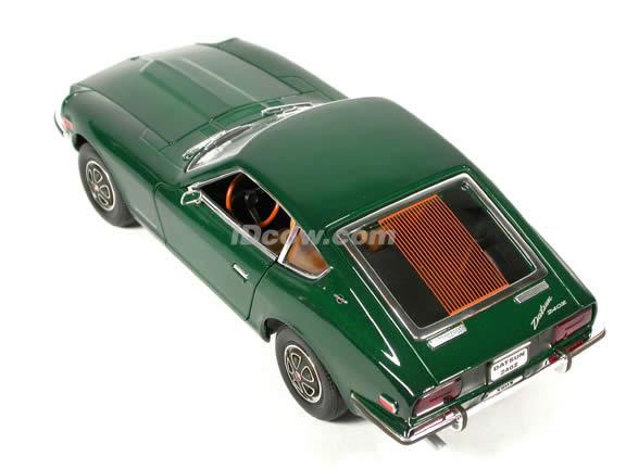 1970 Datsun 240Z diecast model car 1:18 scale die cast by Yat Ming - Green