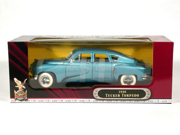 1948 Tucker Torpedo diecast model car 1:18 scale die cast by Yat Ming - Blue