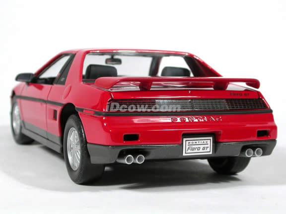 1985 Pontiac Fiero GT diecast model car 1:18 scale die cast by Yat Ming - Red