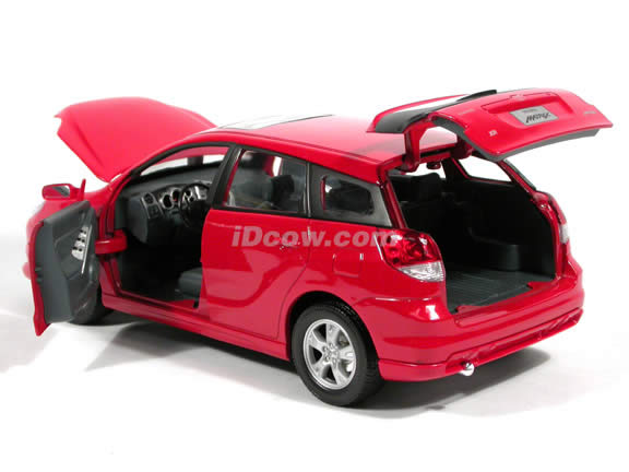 2003 Toyota Matrix diecast model car 1:18 scale die cast by Yat Ming - Red
