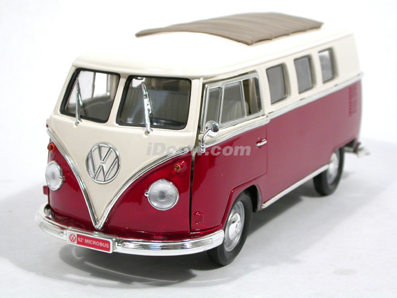 1962 Volkswagen Microbus diecast model car 1:18 scale die cast by Yat Ming - Red White 92327